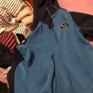 Nike sports zip up super cute n comfy